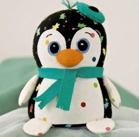 Idea for cute penguin pincushion pattern and instructions on how idea for cute penguin pincushion pattern and instructions on how to make solutioingenieria Image collections