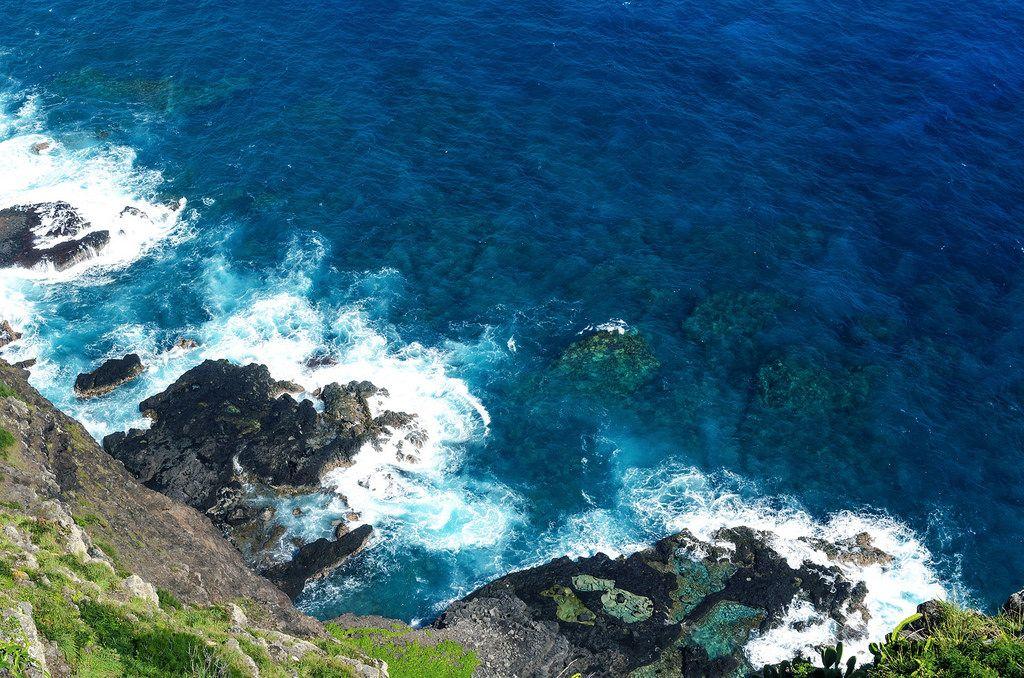 Makapuʻu Point Lighthouse Trail