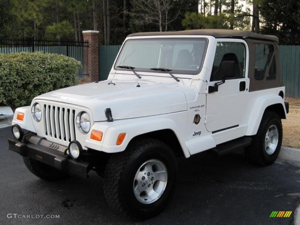 Elegant Stone White 2001 Jeep Wrangler Sahara 4x4 Exterior Photo #43429929