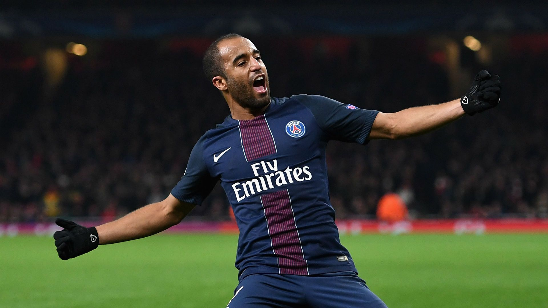 Neymar said he is saddened by Lucas Moura's imminent move