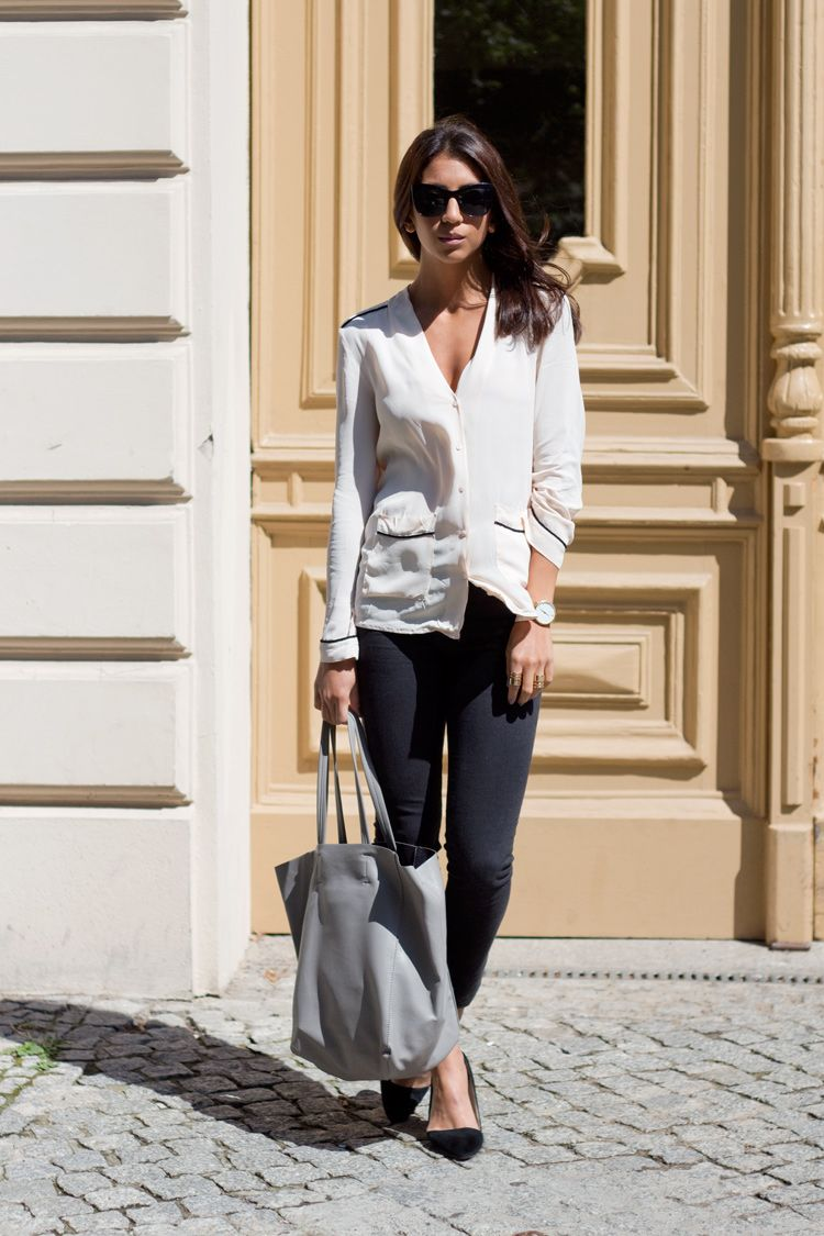 classic blouse + skinny jean