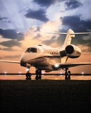 Luxury Homes of Las Vegas and JetSuite Air Offer Complimentary Luxury Home Foreclosure Private Jet Tour From Los Angeles to Las Vegas - Private Jet Daily - Private Jet Daily