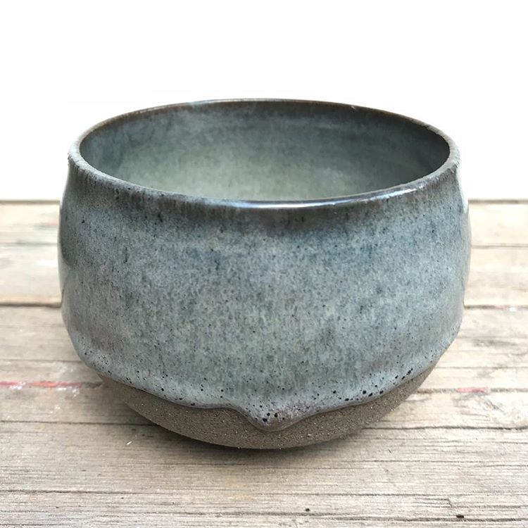 Amaco potter's choice light sepia (3x) over blue midnight (3x) #pottery #poterie #potterylife #potterylove #pottersofinstagram…