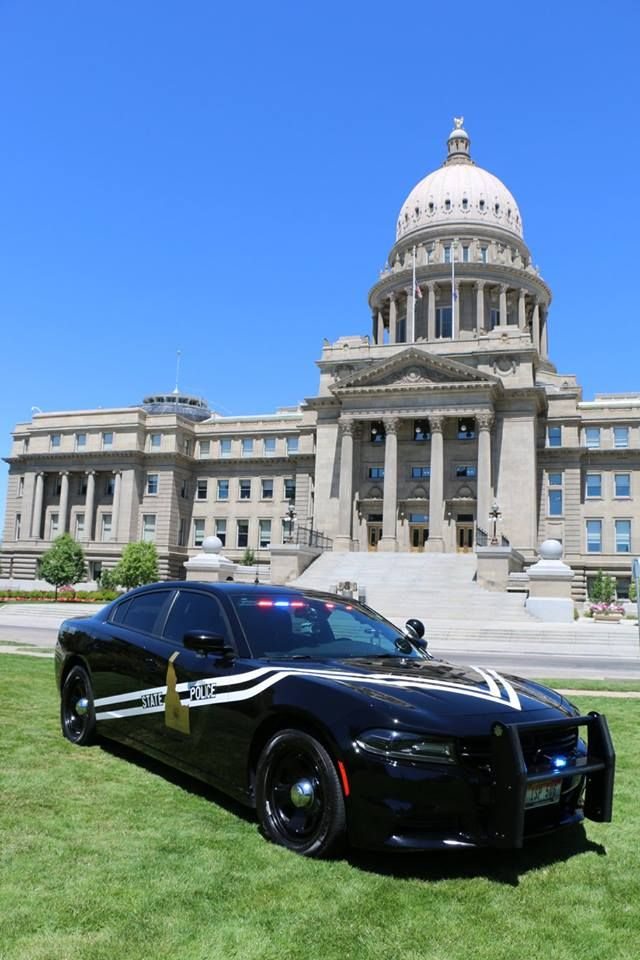 Idaho State Police 586 2016 Dodge Charger Slicktop