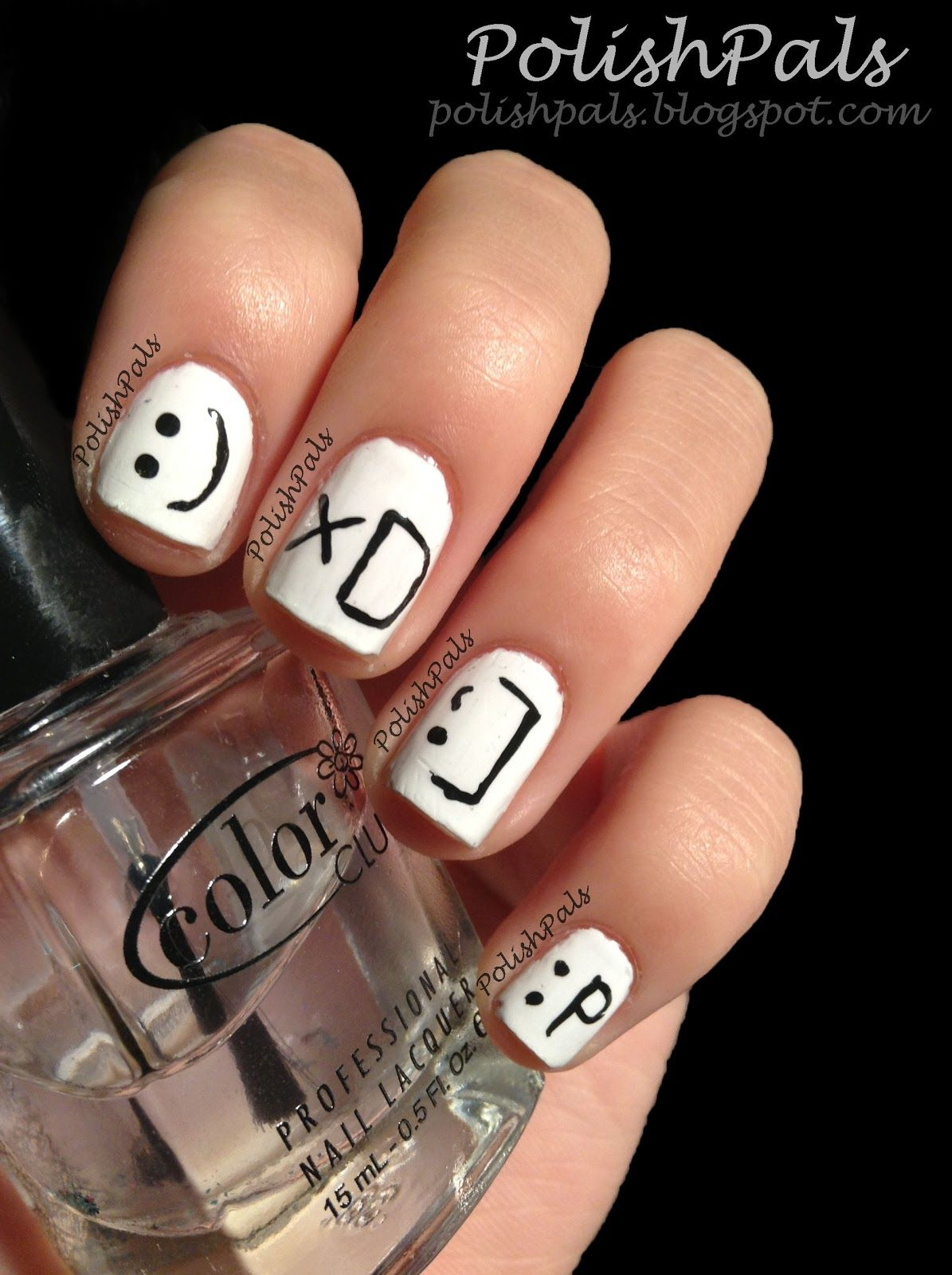 Smiley Face Nails Too Cute Xd P Nails Simple Tattoos For Guys Nail Designs