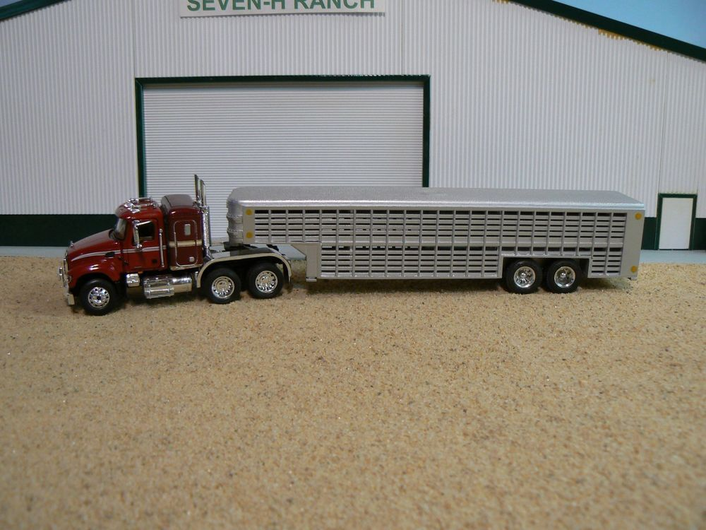 Custom Toy Semi Trucks : Ertl custom livestock trailer and truck toys