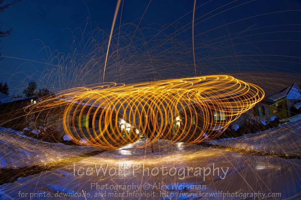 Experimenting with steel wool photography... Wait, wheres the spinner?