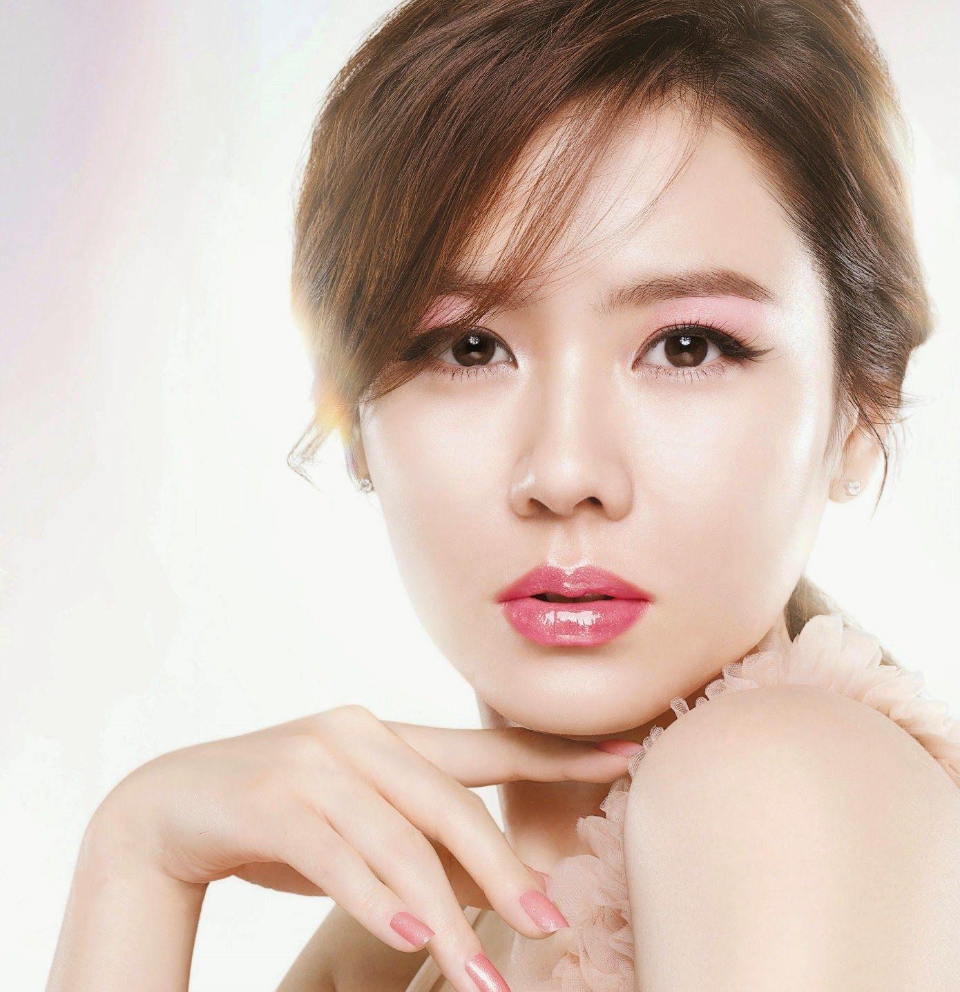 Son Ye Jin Beautiful Hd Wallpaper Free Korean Beauties Jin
