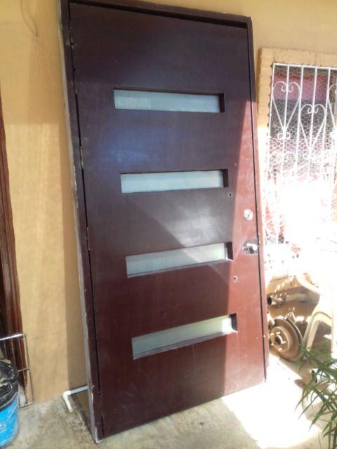 Resultado de imagen para puertas entrada principal con cristal y - puertas de entrada