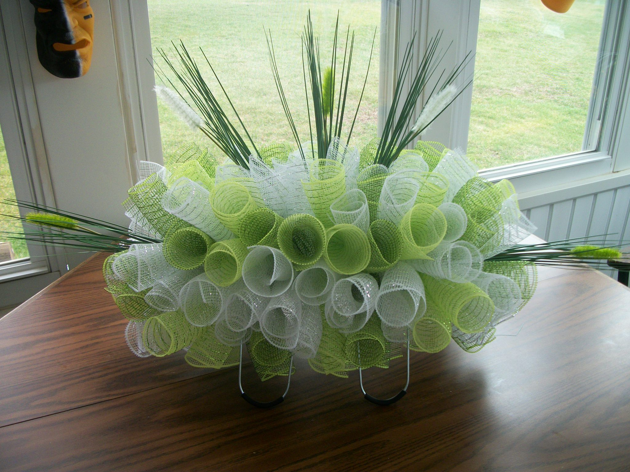Pin by vicki robinson jordan on cemetery vases and headstone cemetery flowers saddles florals vases wreaths garlands stools door wreaths horse tack reviewsmspy