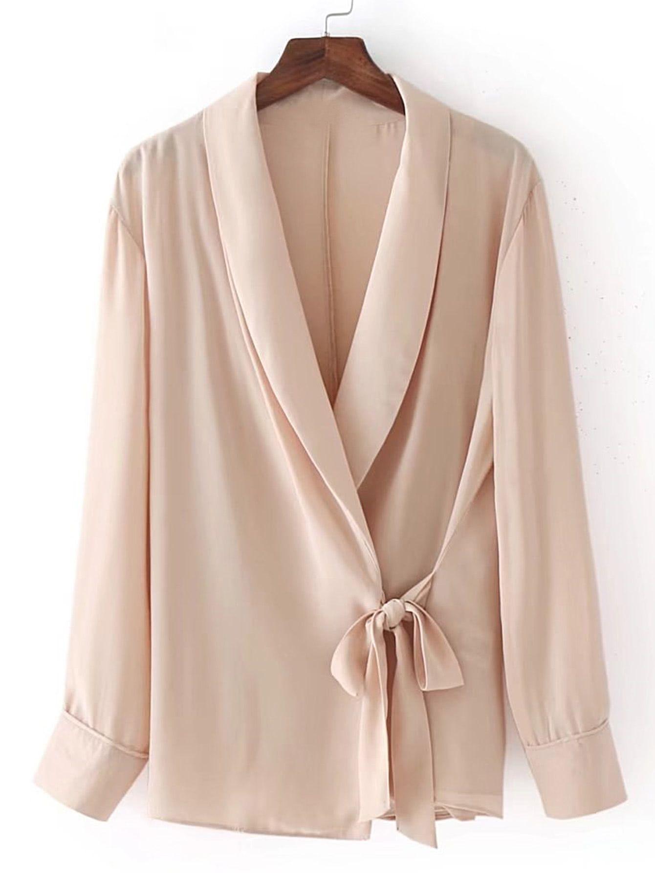 Blusa con cuello esmoquin Crema MUJER | H&M ES