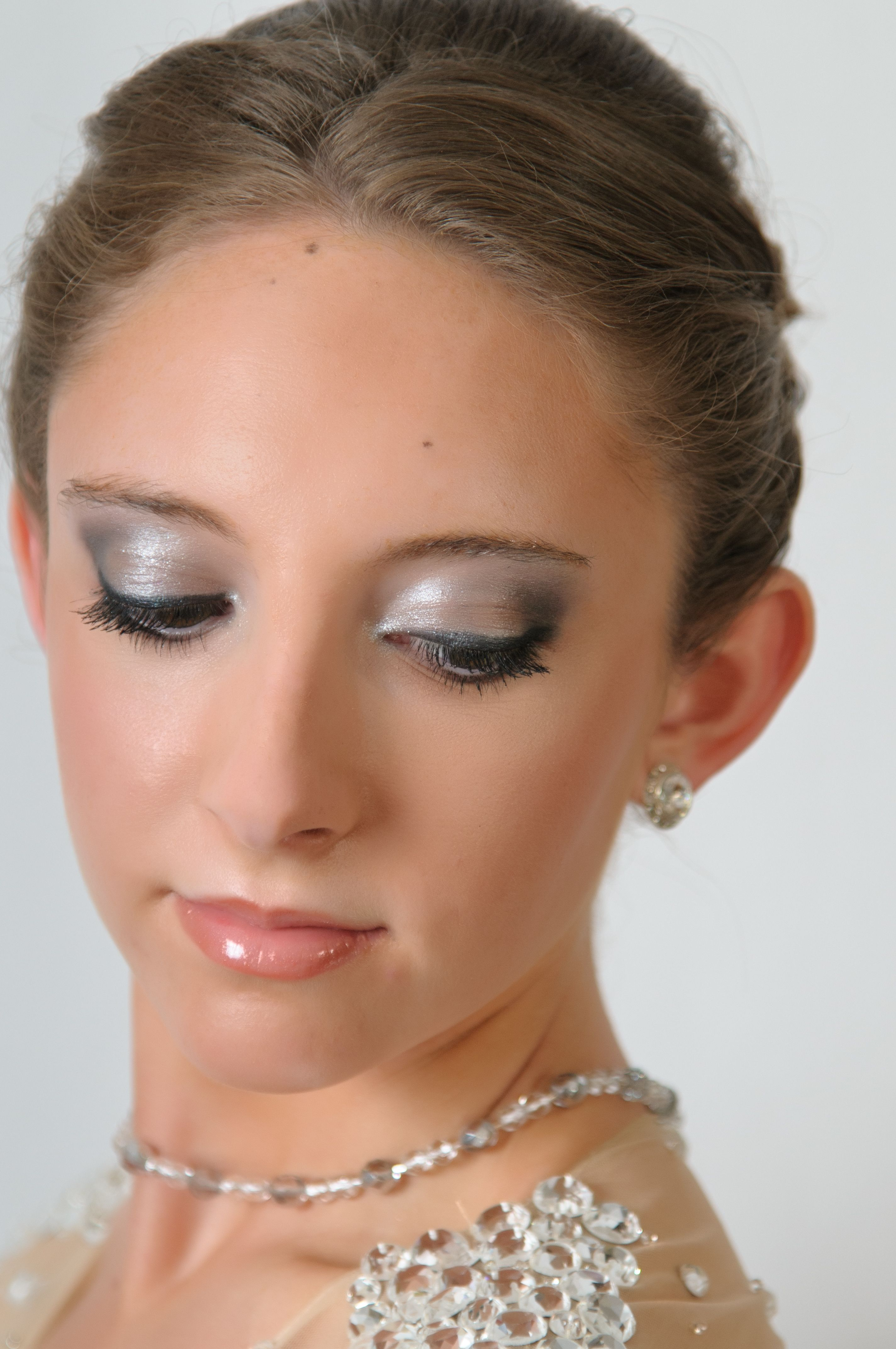 Prom Makeup Done By Clinique Prom Eye Makeup Eye Makeup