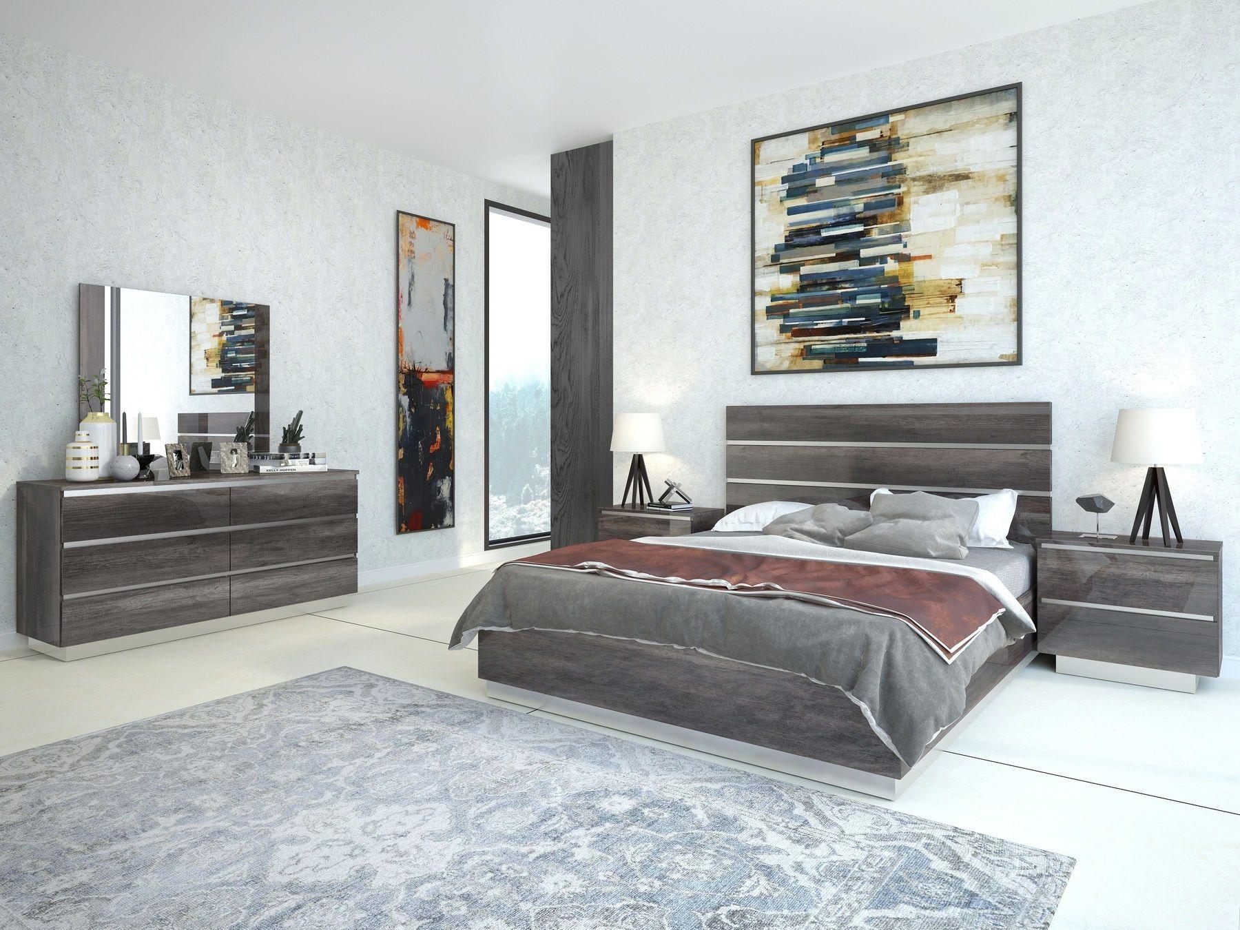 J&M Hazel Italian Gray High Gloss Modern Platform King Bed