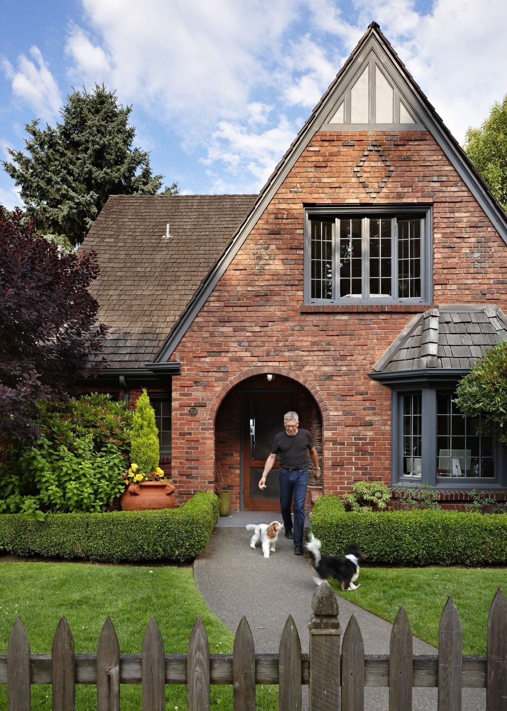 Steven Hensel Freshens English Style Brick Cottage In Madrona Brick Exterior House Brick Cottage Red Brick House