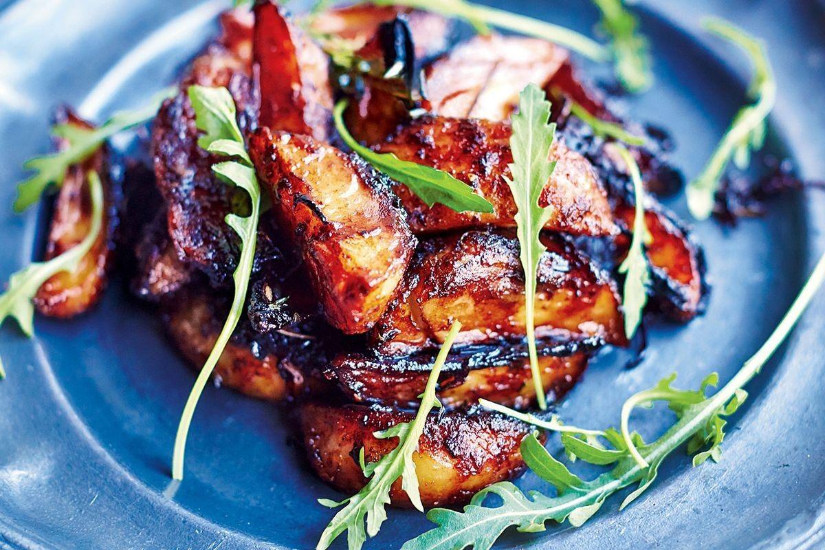 Balsamic Potatoes Sweet Red Onions Thyme Garlic And Rocket Recipe Balsamic Potatoes Food Recipes Pork Rib Recipes