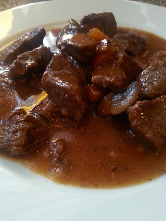 Photo of Burgundy Saucepan by zickentoni | Chef