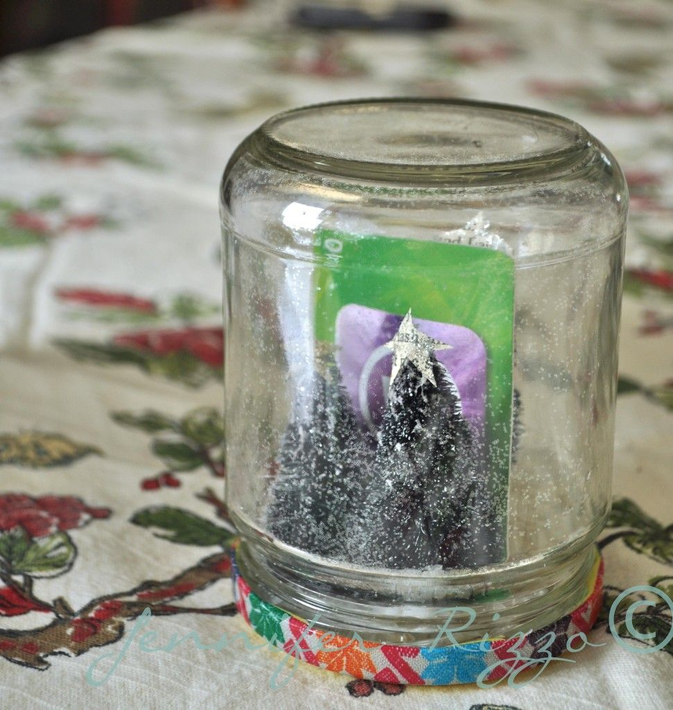 Super quick and easy waterless snow globe gift idea   Christmas Gift ...
