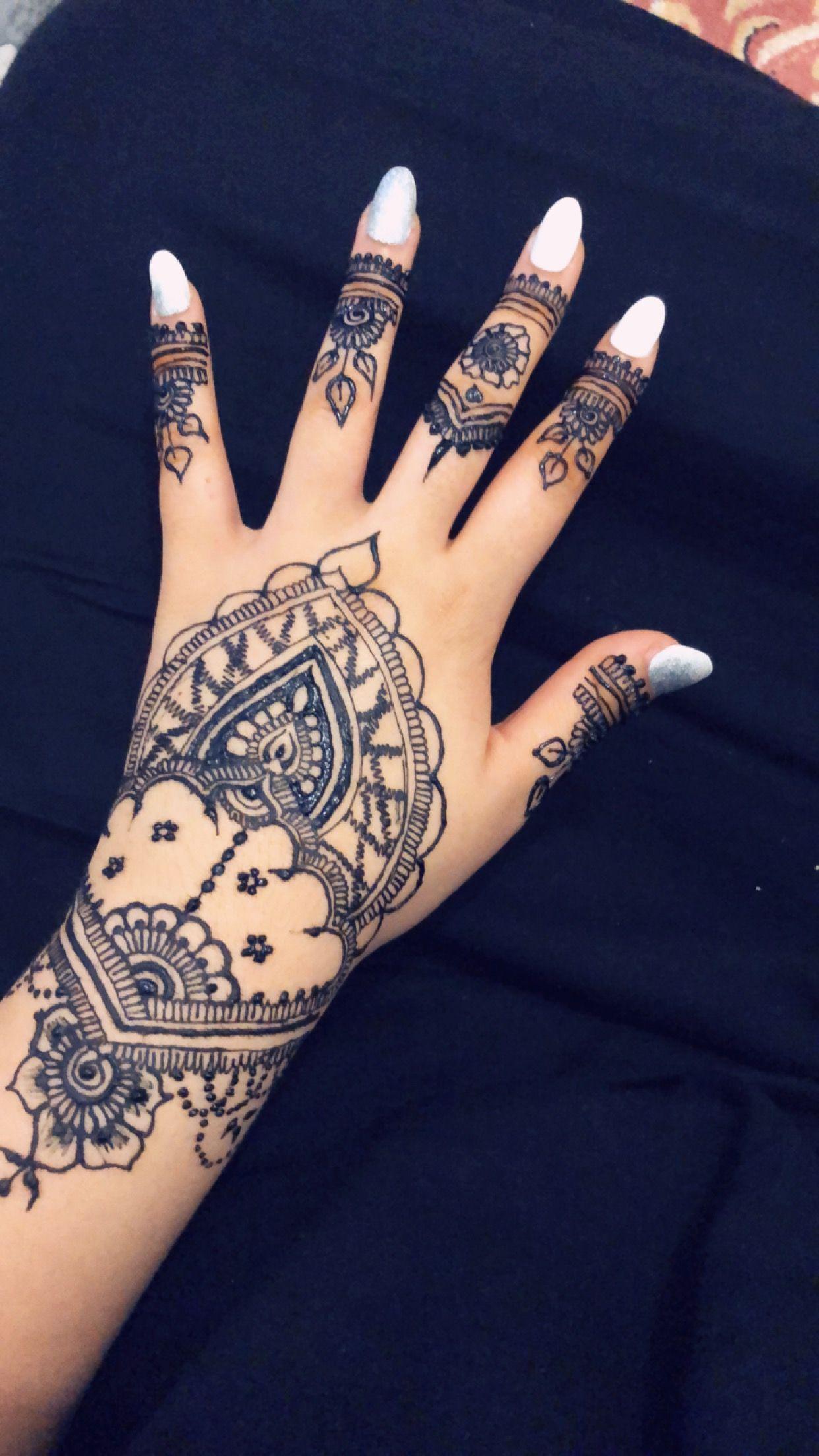 Pin By Rania On Henne Hand Henna Henna Body Art Henna