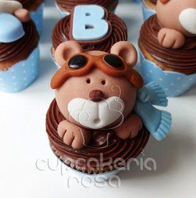 CUPCAKERIA ROSA - Bolos Artísticos e Cupcakes em Curitiba  Minicupcakes  Ursinhos Aviadores f7537913bcb
