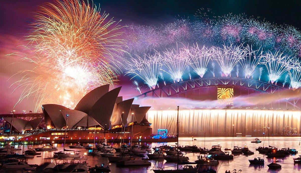 Sydney New Year Eve Firework Sydney New Years Eve New Years Eve Fireworks New Year Celebration