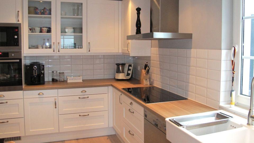 Bildergebnis Für Weisse Landhausküche Mit Buche Arbeitsplatte
