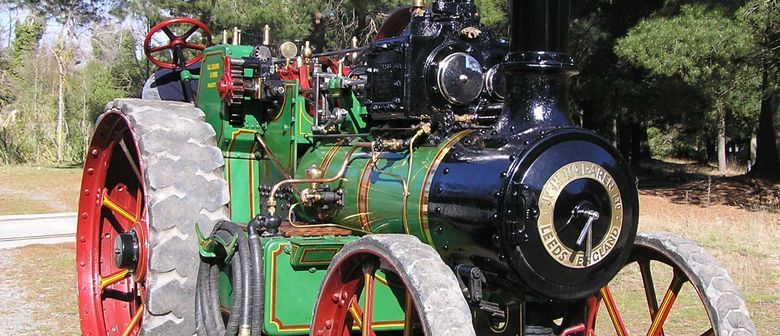 Traction Engines at McLeans Island