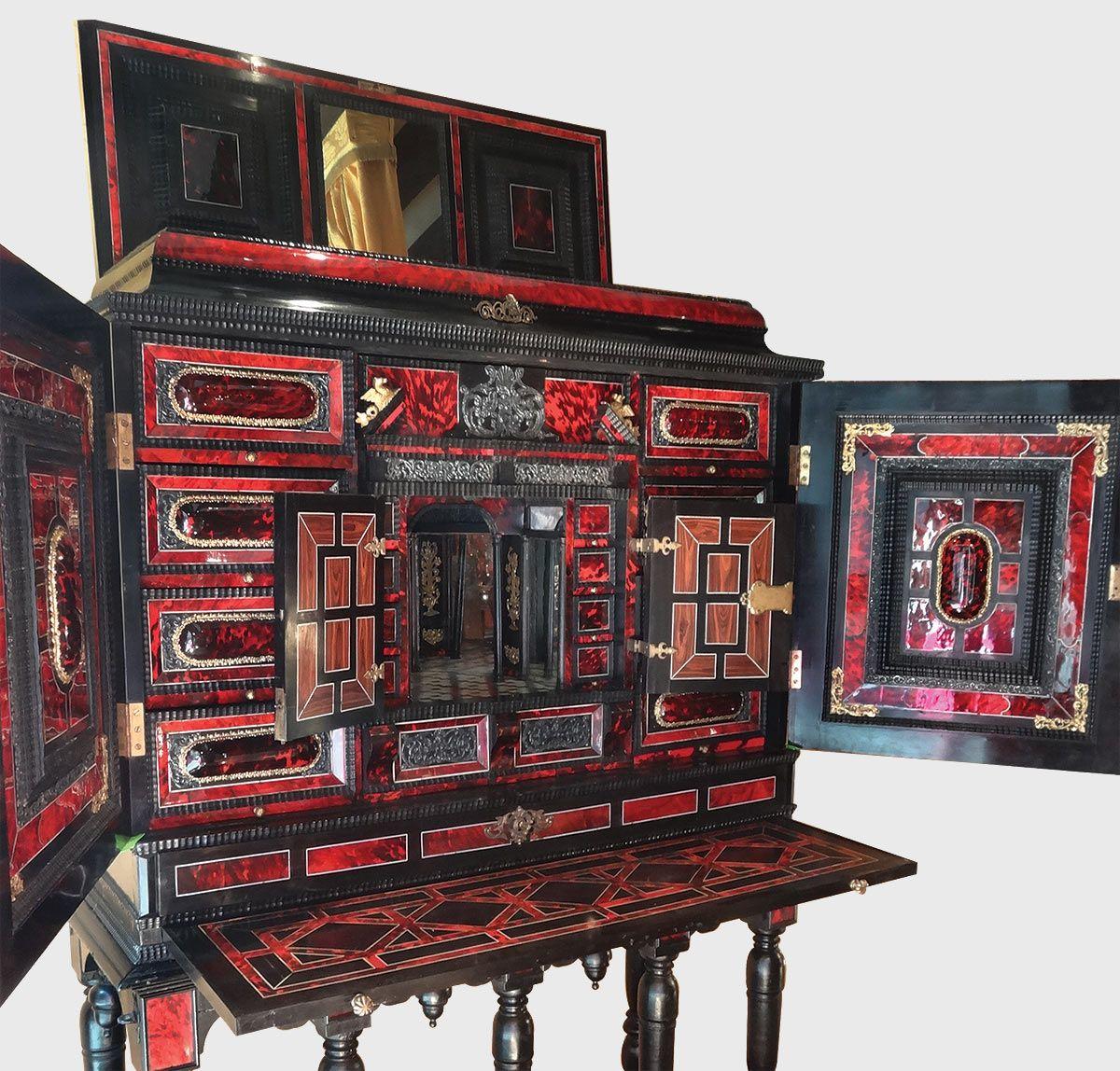 Exceptionnel Cabinet Flamand Antiquites Catalogue Meuble De Style Mobilier De Salon Meubles Anciens
