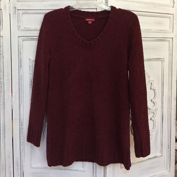 Maroon Thick Sweater This maroon sweater is SO comfortable. Size xs but fits like small or even a medium in my opinion. Great for leggings. Thick sweater, holds up in cold weather well Merona Sweaters