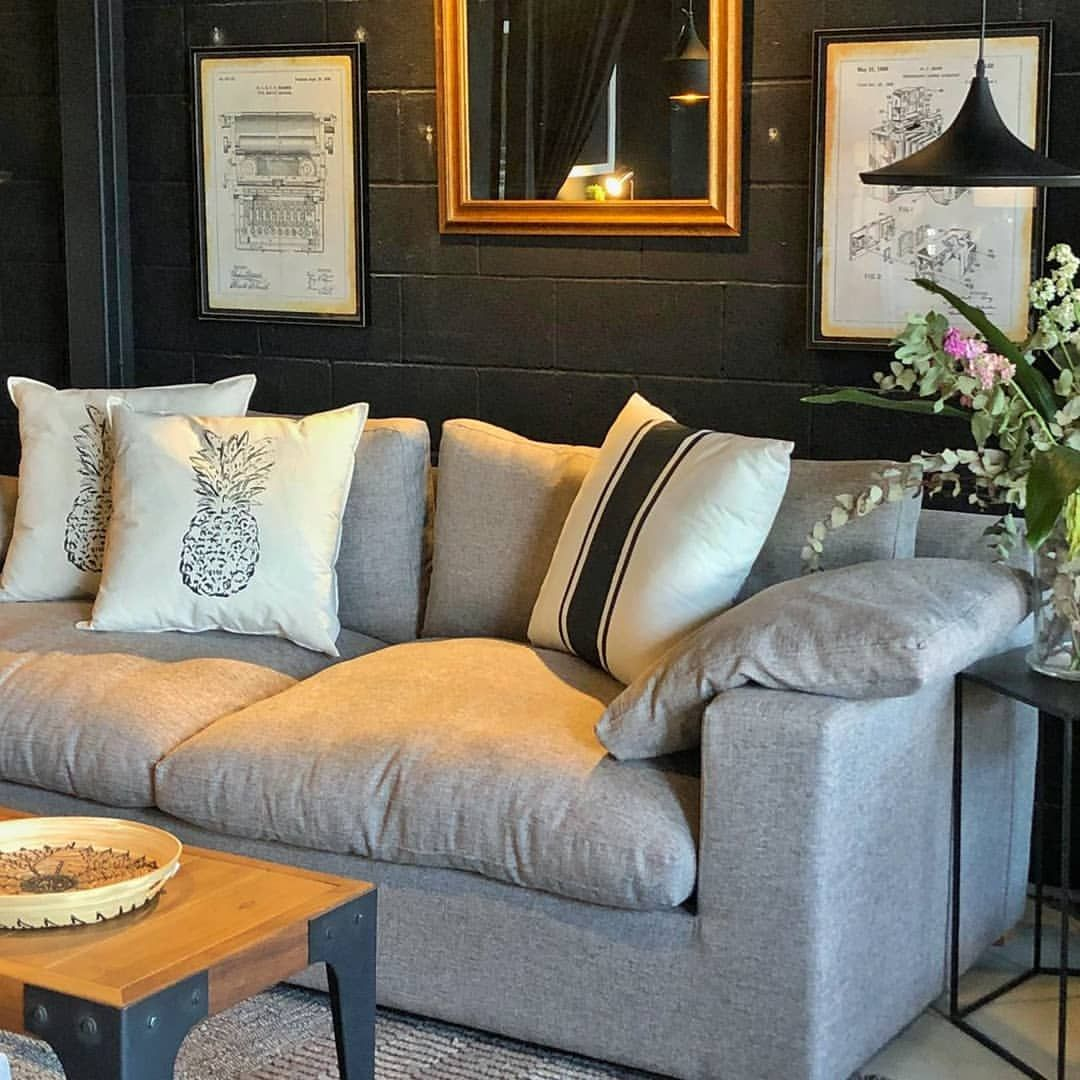 Dellacasa Online En Instagram Sofa Hamilton De La Linea Signature Collection De 2 10 2 40 O 2 70 X 1 00 X 0 78 Mts Tapizado Home Decor Furniture Decor
