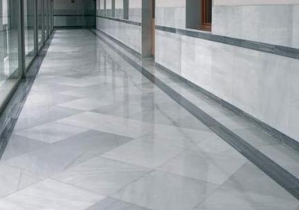 suelo de vivienda baldosas rectangulares de mrmol blanco macael - Suelo Marmol