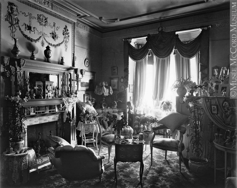 Victorian Parlor Sooo Much Stuff No Thank You Interieur