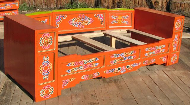 Elaborada en madera de pino y pintada artesanalmente con diseños ...