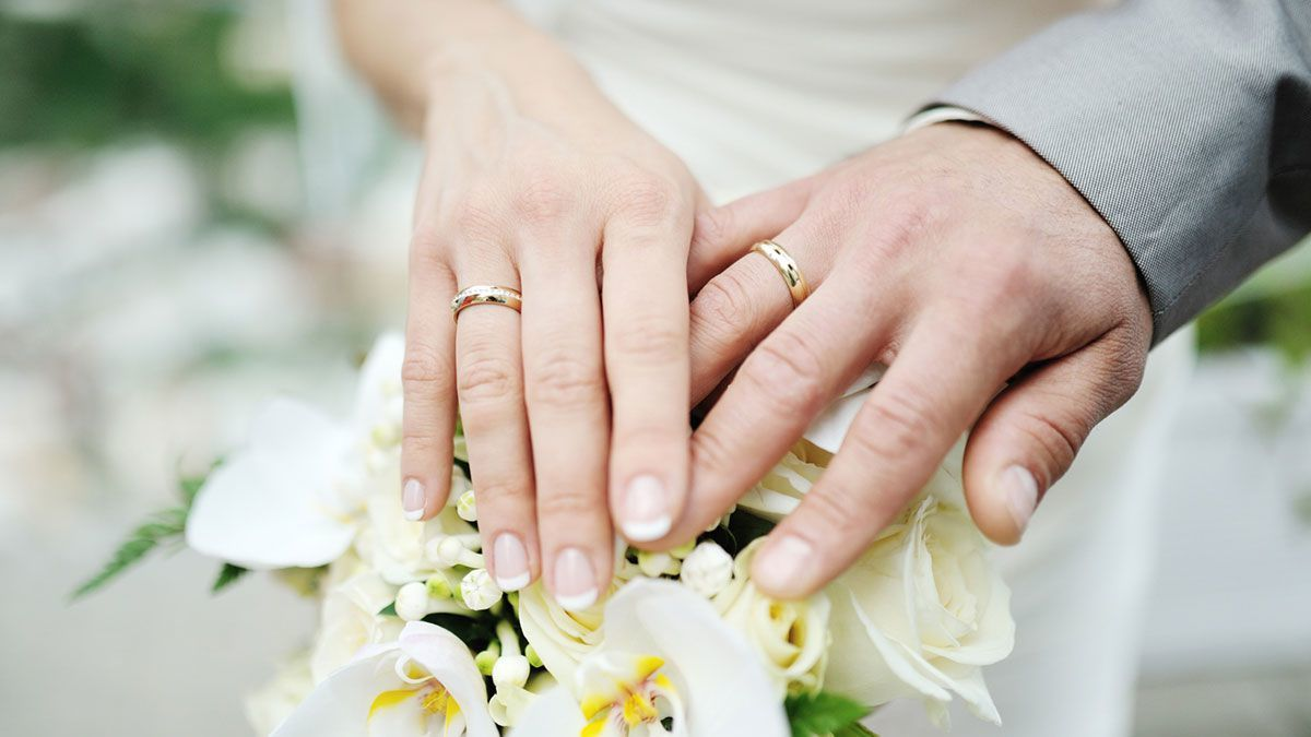 Ordinaire How Do Engagement Rings And Wedding Bands Work?
