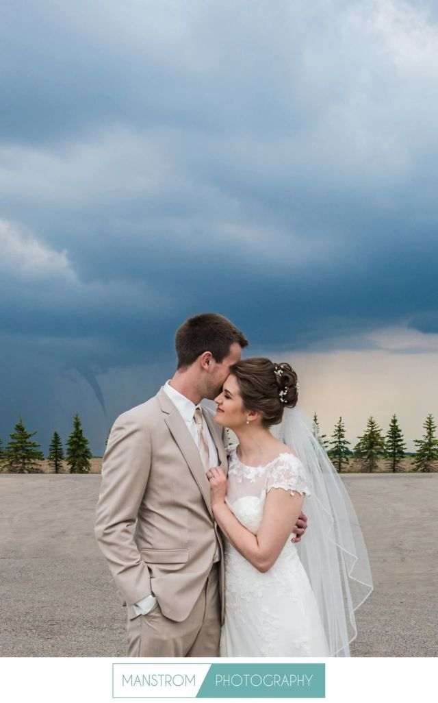 This Couple's Wedding Was Photobombed By An Actual Twister