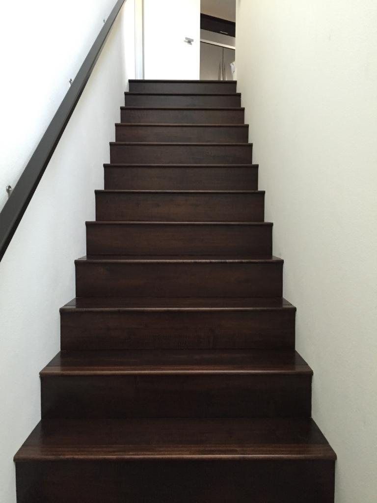 Best Engineered Oak Stained Wood Stairs 7 1 2 In Wood Floor 400 x 300