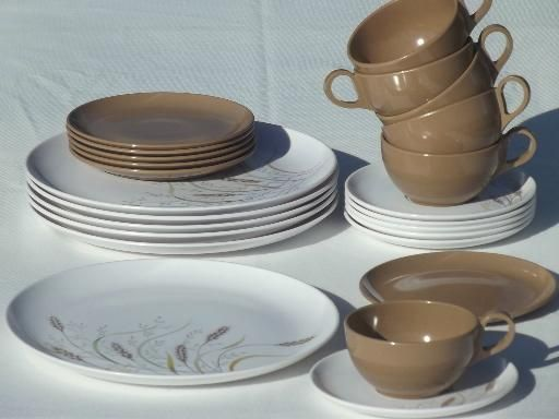 Love these! 70s vintage melmac dinnerware set retro brown wheat print dishes & Love these! 70s vintage melmac dinnerware set retro brown wheat ...
