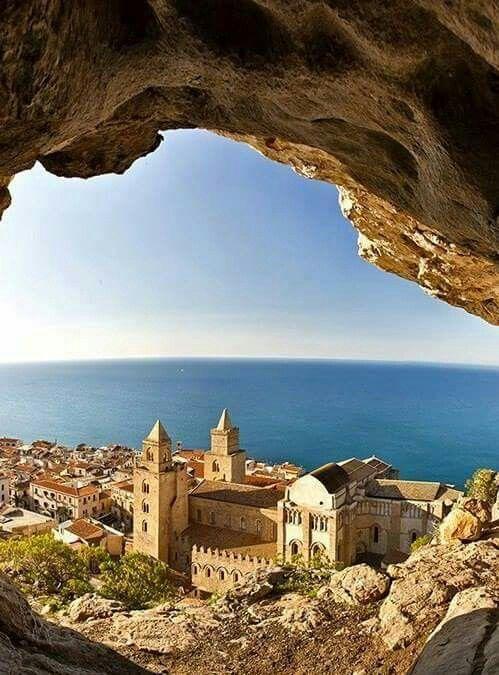 Cefalù... Sicilia
