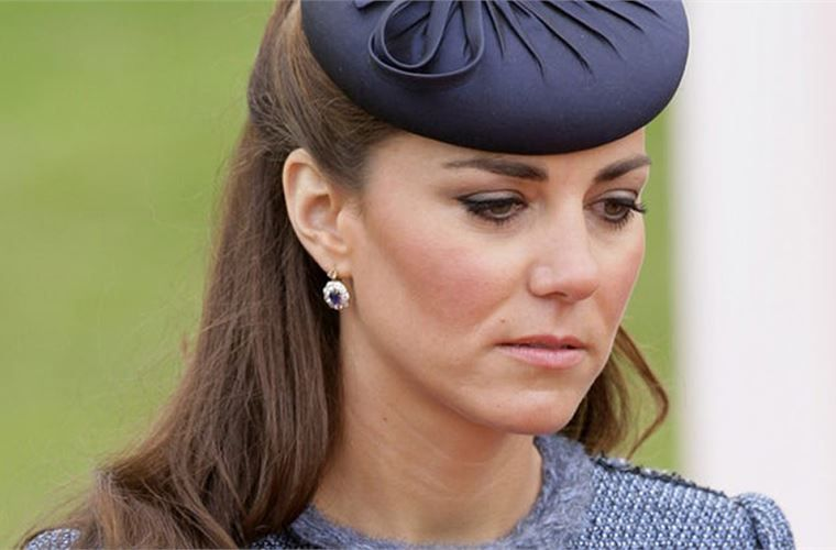 Buckingham Confirms Unfortunate News | Front porches