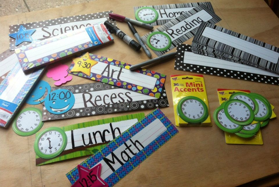Using Desk Plates and cut outs to create a schedule.