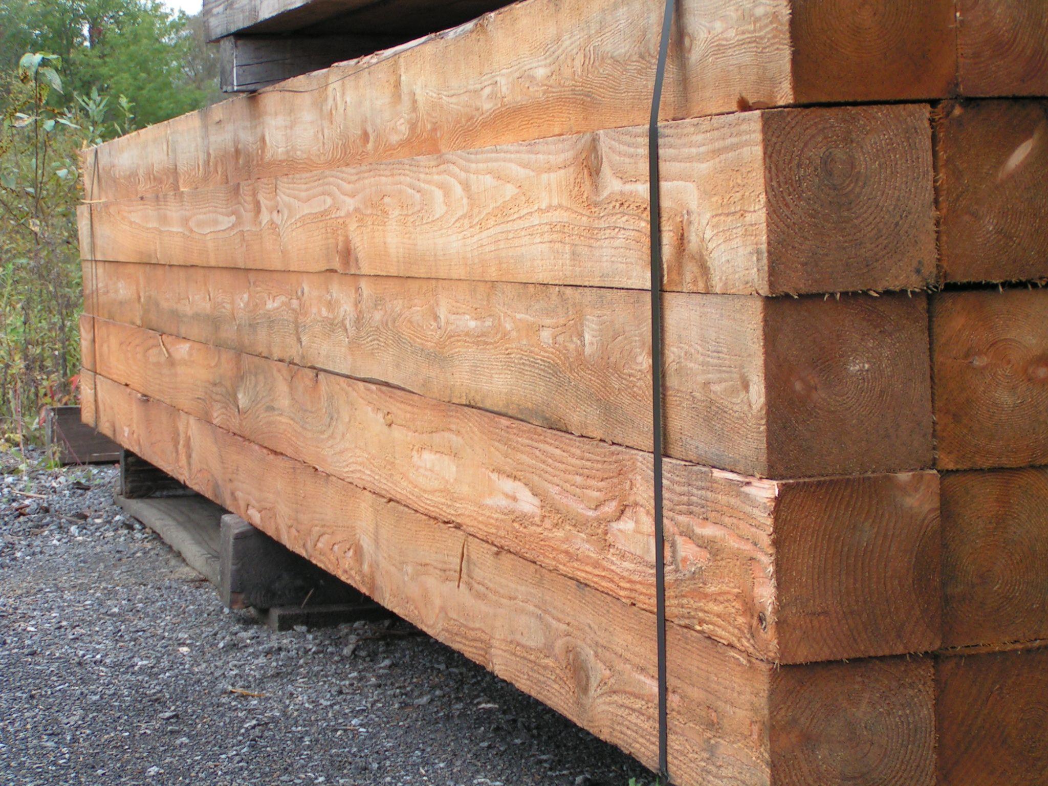 Poutres notre bois en ext rieur for Poutre exterieur bois