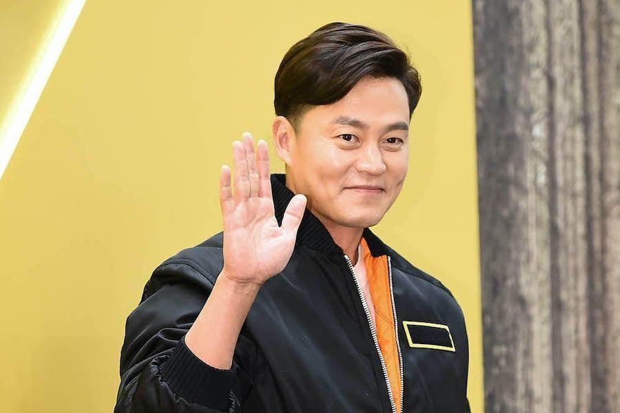 Lee Seo Jin Confirmed To Be In Talks For New Political Drama