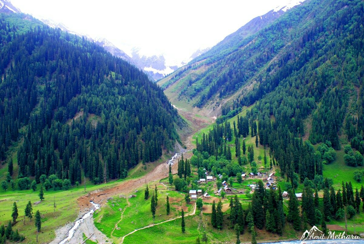Beautiful Sonmarg Valley Of Kashmir Mountains Jammu And Kashmir Srinagar Lada Beautiful Landscape Photography Scenery Wallpaper Beautiful Scenery Pictures