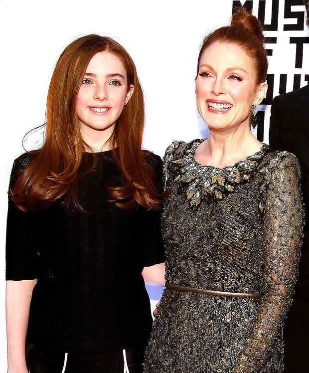Celebrities and Their Look-Alike Kids: Julianne Moore and Liv Helen Freundlich