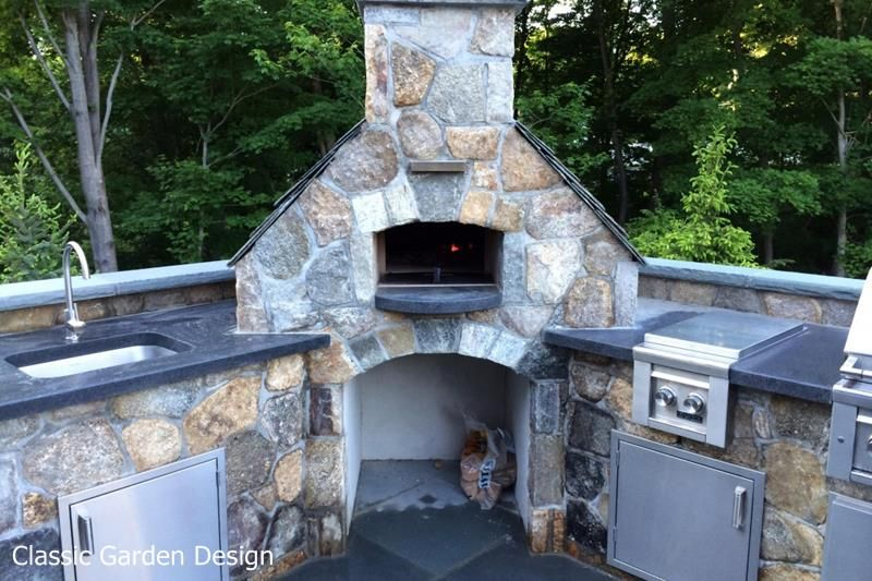 Outdoor Kitchen & Pizza Oven - Westport CT | Classic Garden Design ...