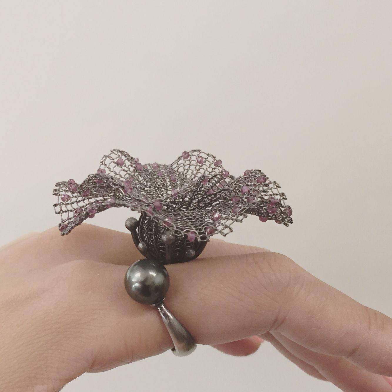 Ring Sterling silver (oxidized), garnet, south sea pearl - Sowon joo
