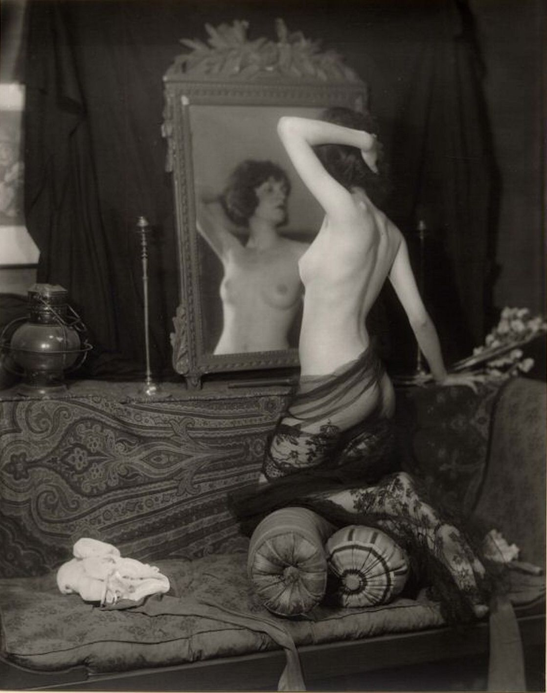 silent-movies-naughty-erotic-nudes-redhead-gals-lactating