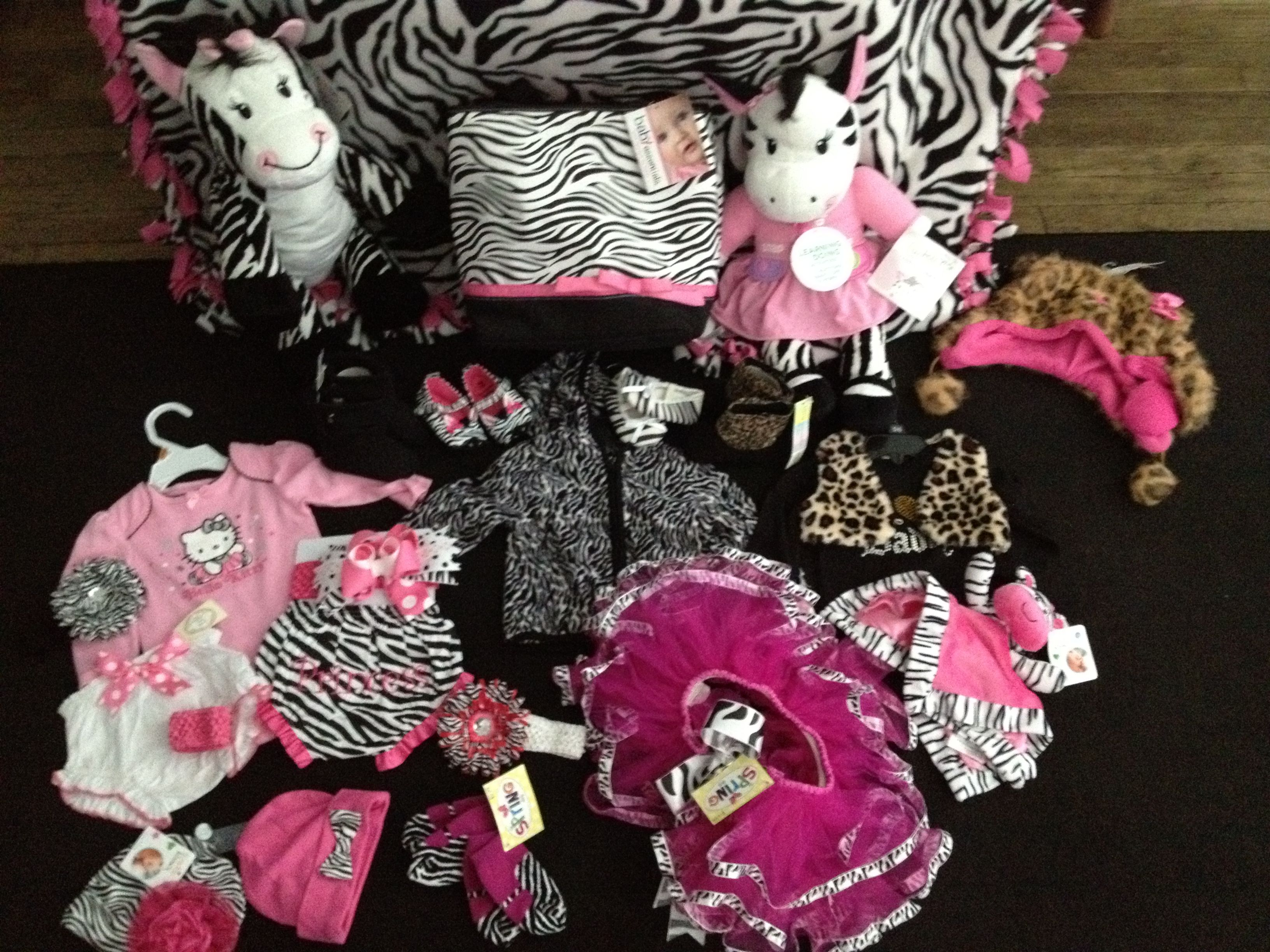 Zebra print zebra print ideas baby shower babyroom for Animal print baby shower decoration ideas