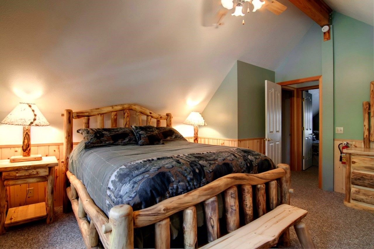 Lodgestyle log furniture! Log cabin coziness in Big Bear