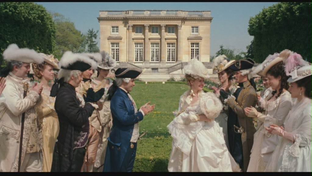 Maggie A. uploaded this image to 'Marie-Antoinette/ohcapmarie/trianon ceremony'.  See the album on Photobucket.