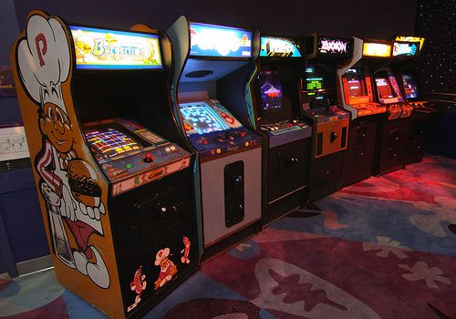 Old games find young audience | Entertainment | Arcade games, Life
